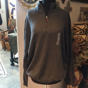 NEW Men's Roundtree & Yorke sweater